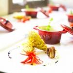 BACALHAU À BRAS - ILEIRA Bacalhau com Confit de alho Camarão panado na Batata Palha Castanha Portuguesa com Bacon