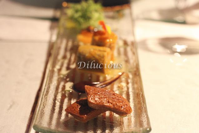 Canelone de foie gras com maçã Financier de caramelo e café
