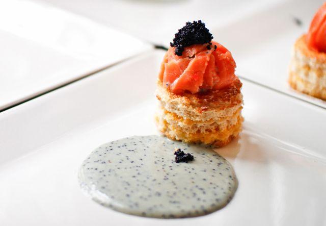 Ballotine de Salmão com Ovo mollet e Caviar Baixar Receita Aqui