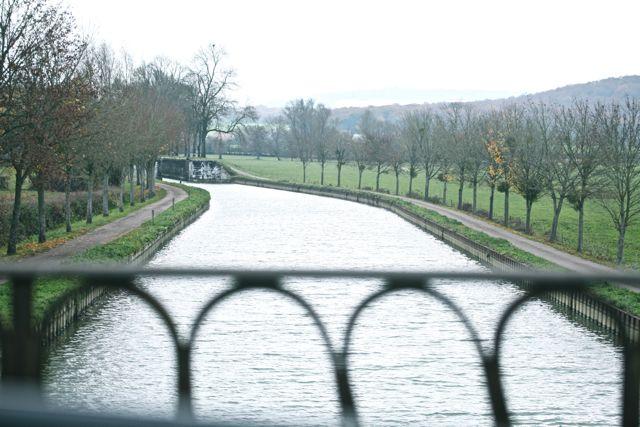 Canal da Borgonha
