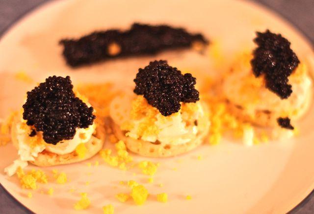 Depois cobre com o caviar