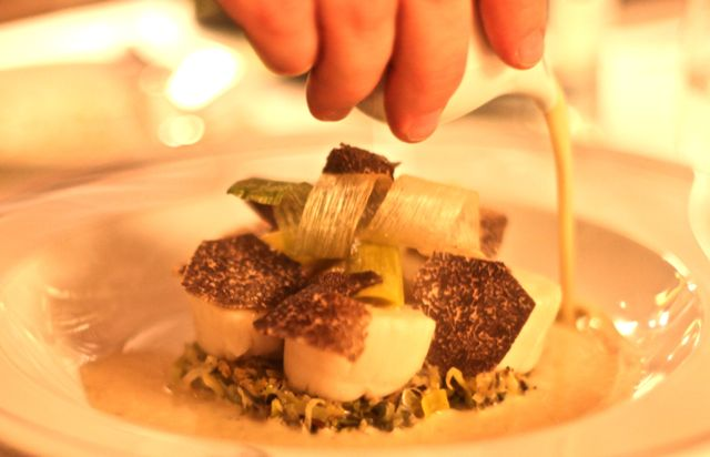 Coquilles Saint-Jacques, poireau, truffe