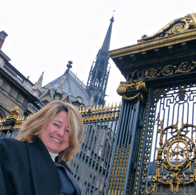 Daqui já dá para ver a torre da Saint Chapelle