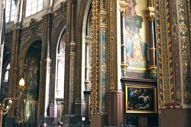 Saint Eustache interior