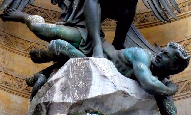 Saint Michel anjo mau