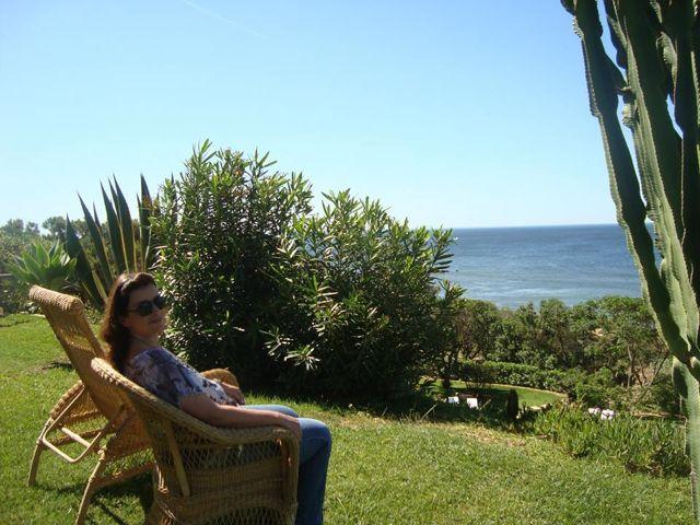 O paraíso, ops... quis dizer Vila Joya, tem praia particular!