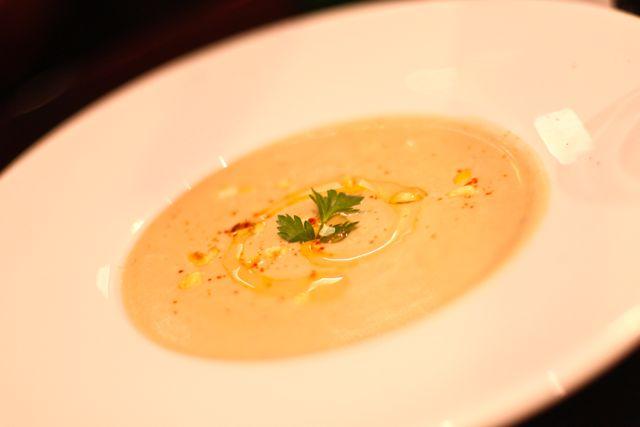 Soupe à l'oignon, croutons & parmesan