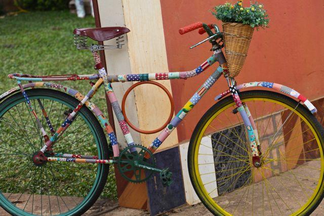 Bichinho fredolina bicicleta