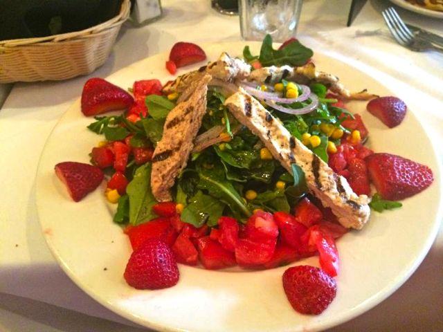 trattoria rosalia salada