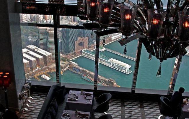 16. Tosca (Hong Kong) Fonte: ritzcarlton.com
