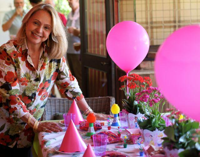 Angela aniversario ang 18