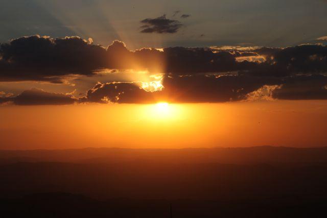 Pôr do sol visto do Topo do Mundo