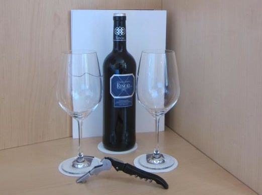 Vinho cortezia