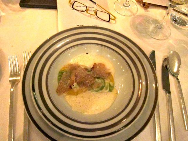 Raviolis de mascarpone com trufa branca de Alba