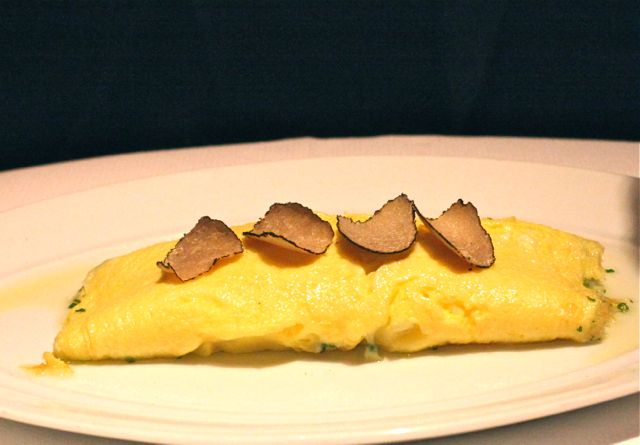 OMELET WITH TRUFFLES