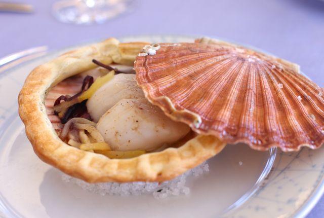 Coquilles com frutos do mar
