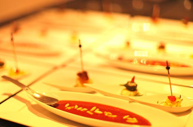 Queijo Sopinha de Morango com Vinho tinto e Pignole