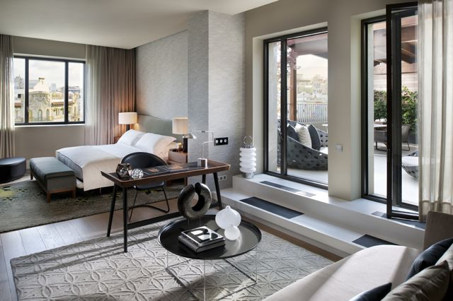 Mandarin Oriental - Penthouse Master Bedroom