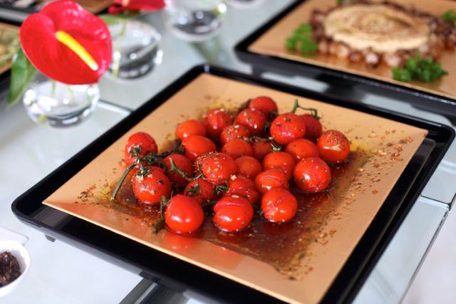 Tomates em rama assados