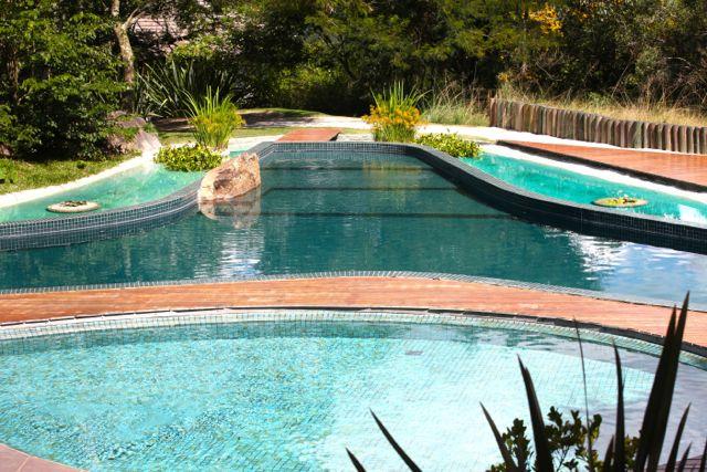 BOTANIQUE piscina 2