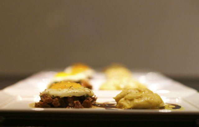 Seg Top carne com ovo e trufa