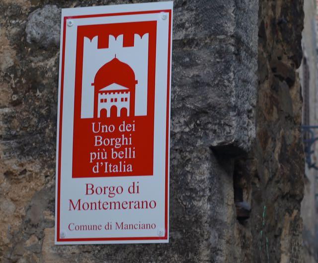 ITALIA Montemerano borgo