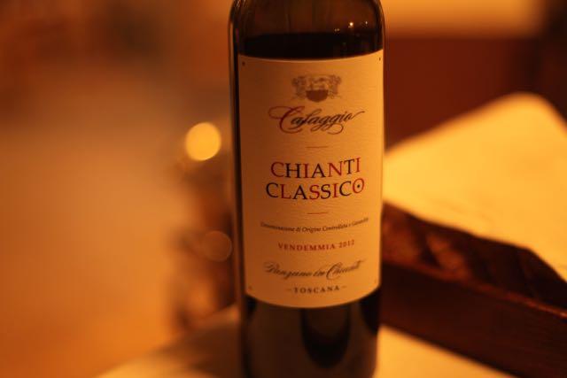 Para acompanhar as criações do menu, o sommelier acertou na seleção de vinhos.
