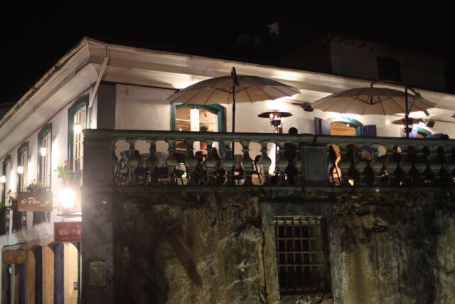 Tivemos a sorte de nos assentar na varanda com uma vista maravilhosa de Ouro Preto!