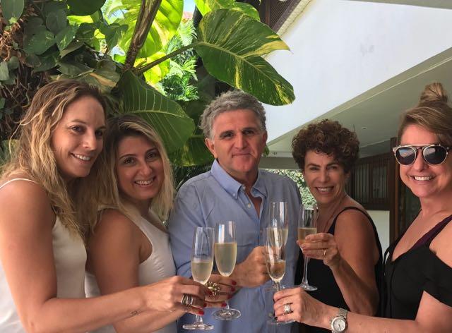 Júlia, Dilu, Fátima, Valéria e Val, como é bacana essa amizade!