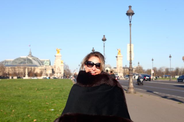 Depois deste café maravilhoso, fomos perambular pelas ruas de Paris. Mostro no próximo post. Bjsss!