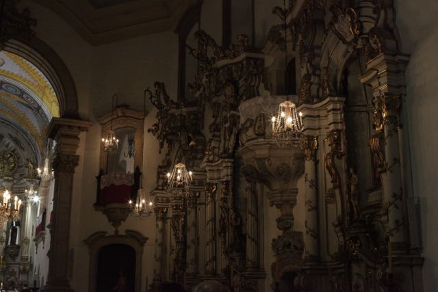 ouro-preto-igreja-do-carmo-2